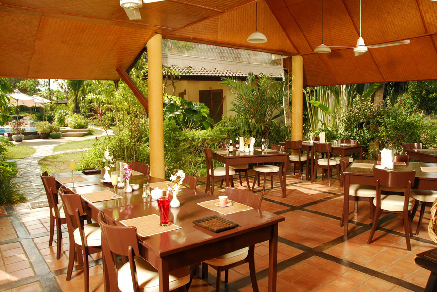 palm garden resport phuket restaurant